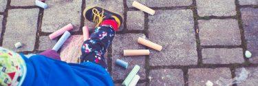 Taal in beweging: taalontwikkeling jonge kind
